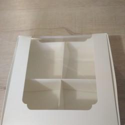 Коробка для десертів 200*200*60 з вікном Біла