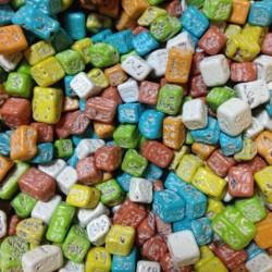 Шоколадные камешки цветные